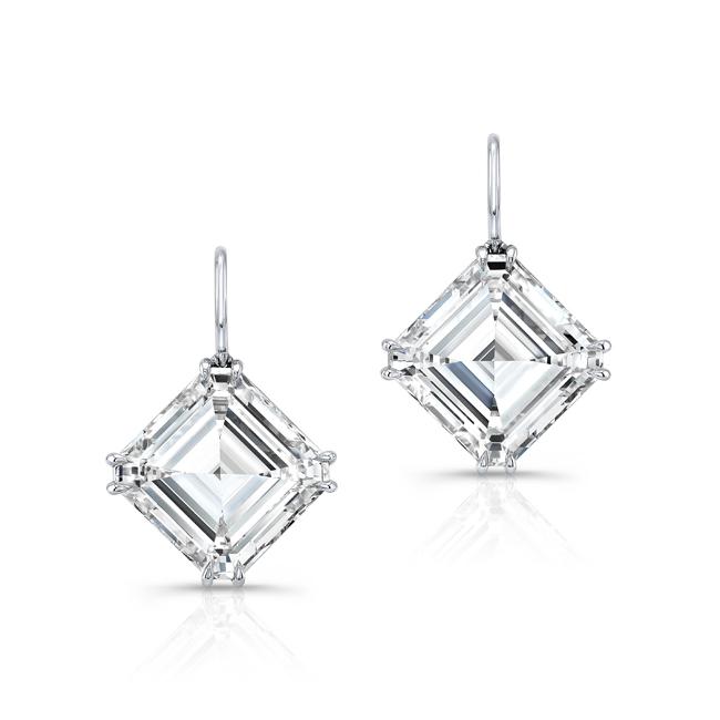 Forevermark by Rahaminov Asscher Diamond Drop Earrings set in Platinum 36.10 carats