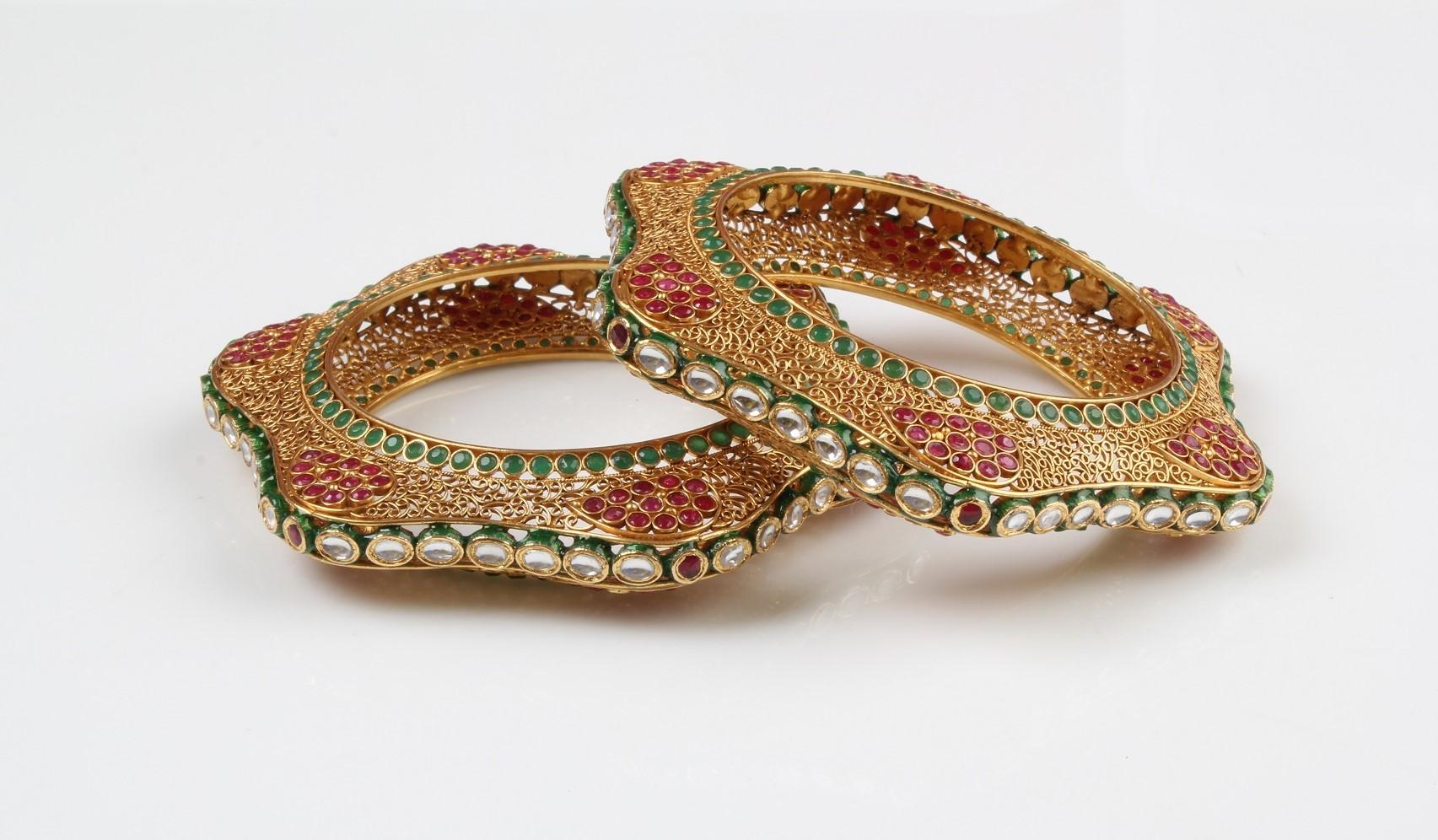 Gold bangle design catalogue