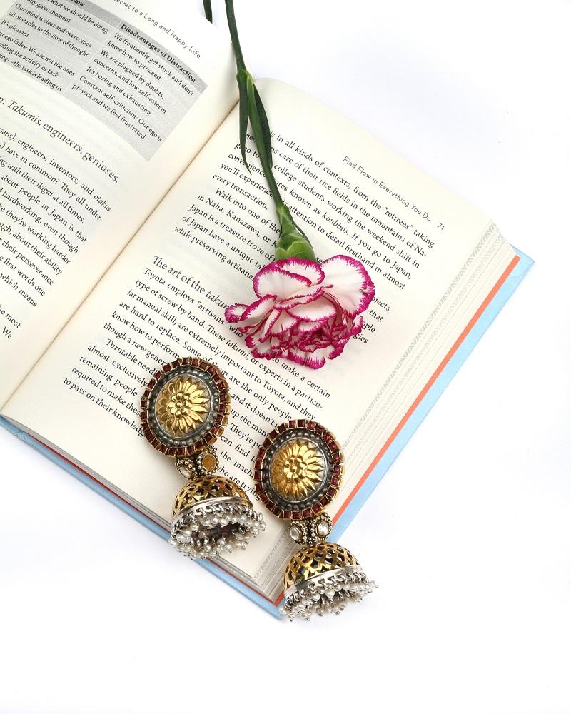 silver earrings by Sangeeta Boochra