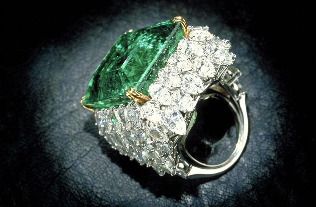 The Chalk emerald